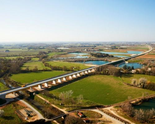 Palplanches travaux de contournement projet ferroviaire LGV CNM - Nîmes - Montpellier
